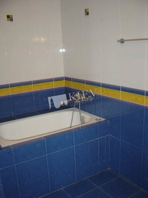st. Mihaylovskaya 22a Bathroom 3 Bathrooms, Bathtub, Heated Floors, Shower, Washing Machine, Interior Condition Bare Walls