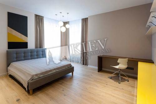 Two-bedroom Apartment st. Klovskiy Spusk 7 14893