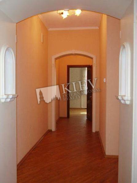 st. Krasnoarmeyskaya 33 Buy an Apartment in Kiev 10434