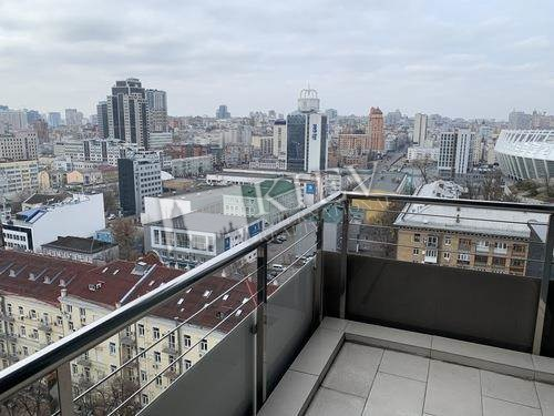 Apartment for Sale in Kiev Kiev Center Pechersk Tetris Hall