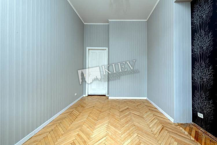 Two-bedroom Apartment st. Pushkinskaya 23 17855