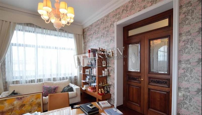 Two-bedroom Apartment st. Patorzhinskogo 14 3602