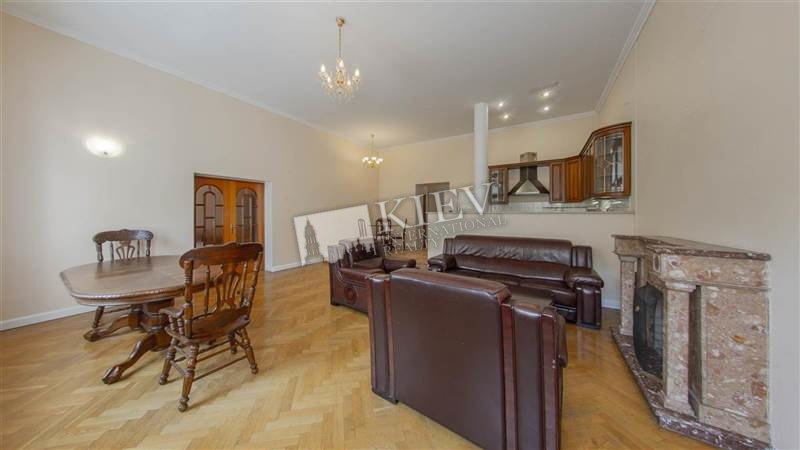 Two-bedroom Apartment st. Pushkinskaya 8A 4076