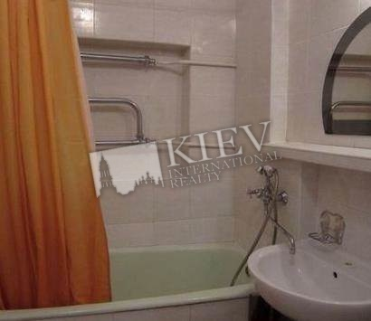 Two-bedroom Apartment st. Basseynaya 3 17258