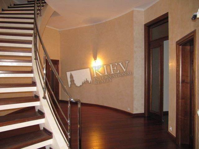 Kiev Apartment for Sale Kiev Center Pechersk Lesi Ukrainki 7 (a.b)