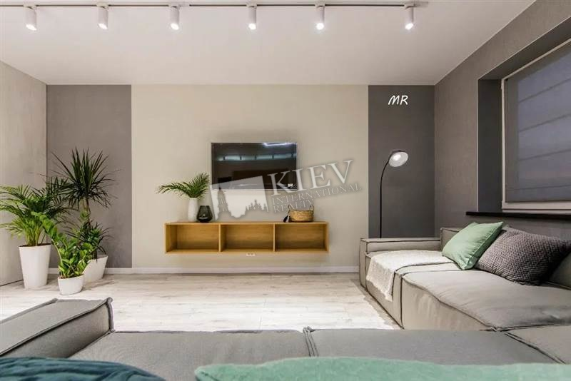 st. Nizhneklyuchevaya 14 Apartment for Sale in Kiev 18053