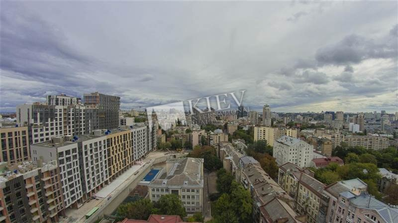 Three-bedroom Apartment st. Vorovskogo 21 16520