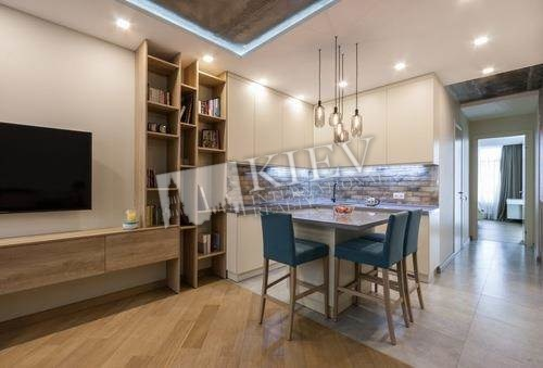 st. Vyshgorodskaya 45 Kiev Apartment for Sale 18025