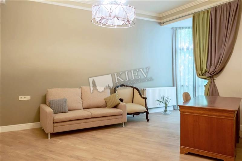 Two-bedroom Apartment st. Vozdvizhenskaya 50 10844