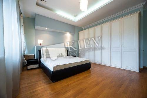 Three-bedroom Apartment st. Georgievskiy 5 18651