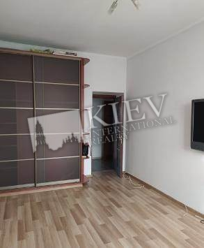 st. Krasnoarmeyskaya 58 Kiev Apartment for Sale 17347