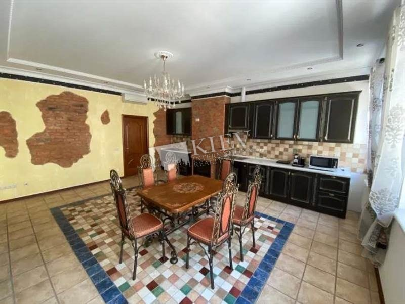 Kreshchatyk Long Term Apartment in Kiev