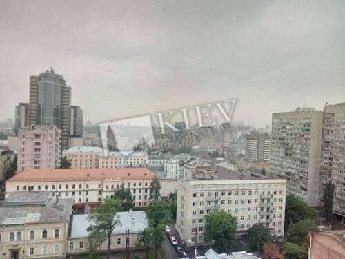 st. Bogdana Hmelnitskogo 58 A Kiev Apartment for Sale 18011