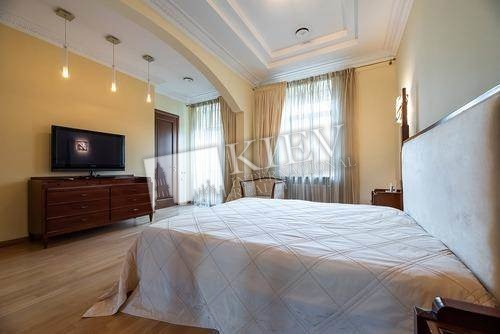 st. Georgievskiy 5 Kiev Apartment for Sale 18651