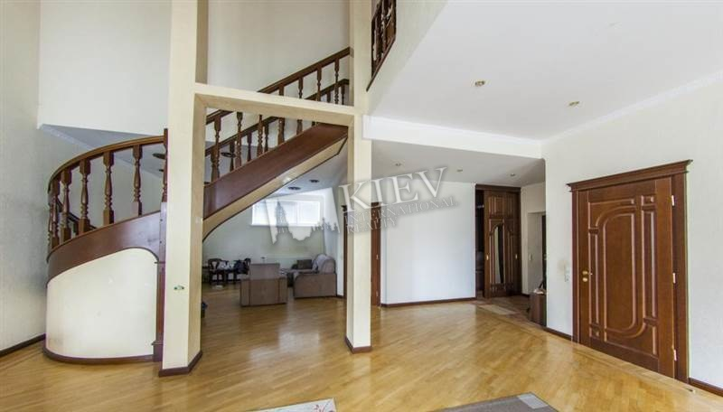 Four-bedroom Apartment st. Yaroslavov Val 19 2456