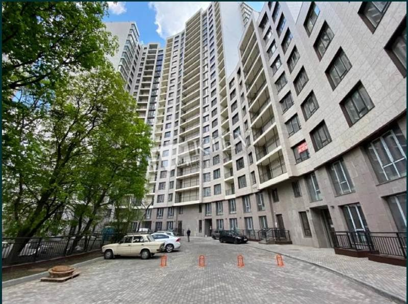 Druzhby Narodiv Buy an Apartment in Kiev