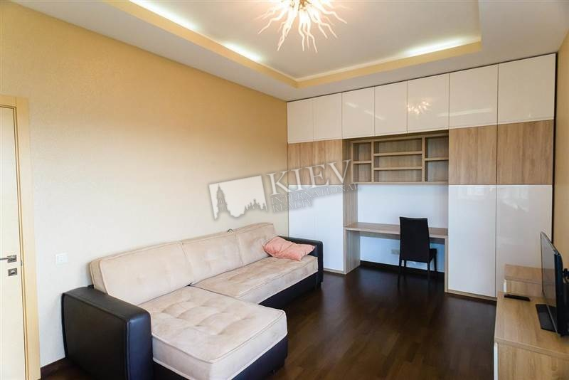 Two-bedroom Apartment st. Artema 70A 3615