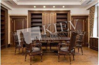 st. Trehsvyatitelskaya 13 Office for sale in Kiev 18702