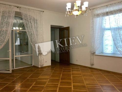 st. Yaroslavov Val 16B Walk-in Closets One Walk-in Closet, Interior Condition 3-5 Years