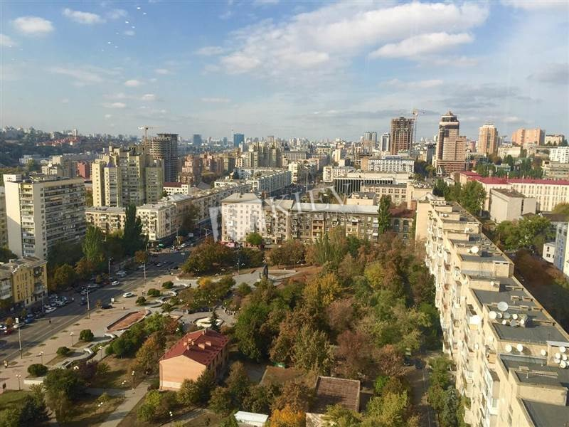 st. Kovpaka 17 Rent an Apartment in Kiev 5205