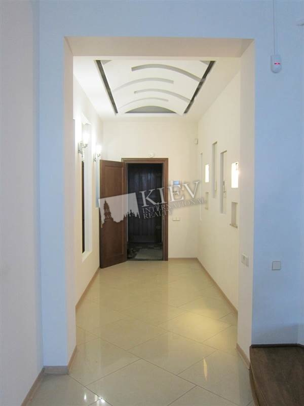 Maidan Nezalezhnosti Kiev Long Term Apartment